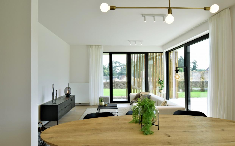 vastgoedstyling, interieurdesign, casanova vastgoedstyling, ethics lightdesign, zuiver, wood, menza, originele interieurs