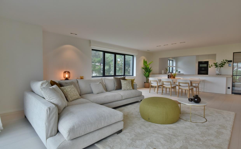 Huur een luxeinterieur, lounge zetel, lounge interieur , casa nova , homestaging, verkoopsstyling