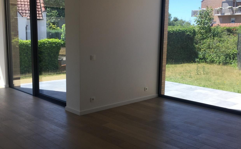 voor en na, zonder interieur, grote raampartijen, casanova vastgoedstyling