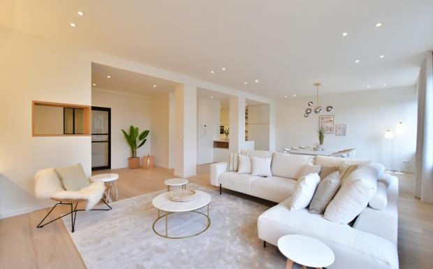 avenue louise, vastgoedstyling, casa nova sofacollection, homestaging, brussel, luxe interieur, wit interieur