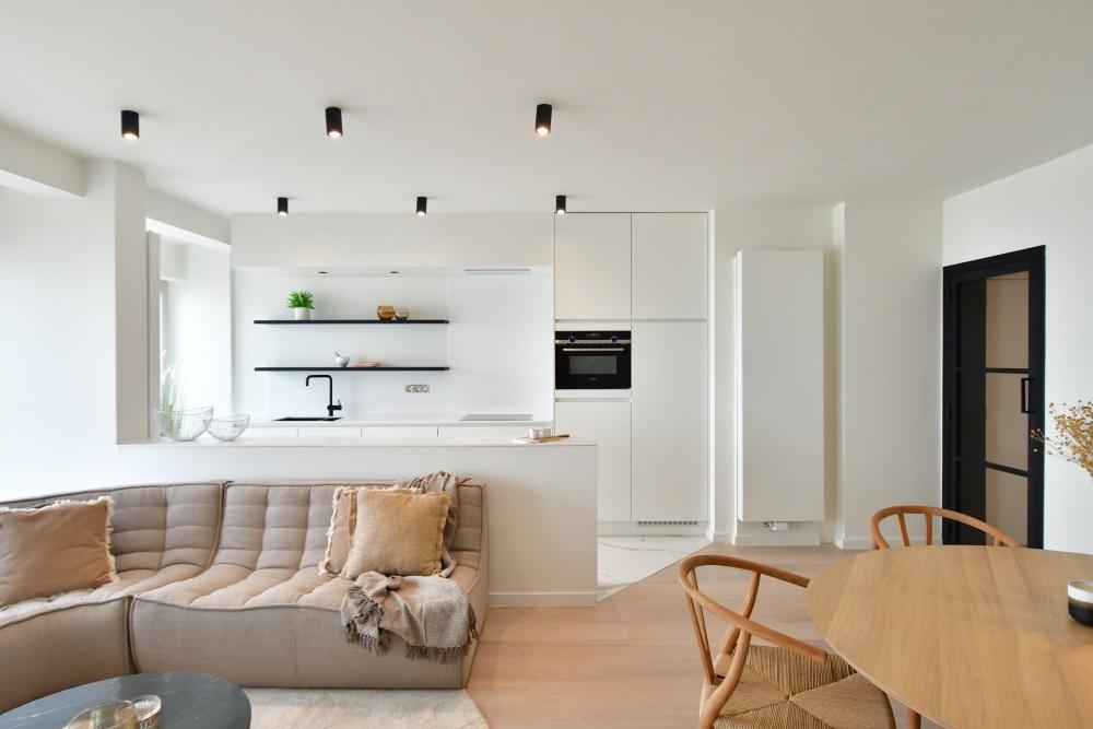 casanova vastgoedstyling, ethnicraft, N701, vevast, blankenberge, appartement aan zee, huur een luxe interieur